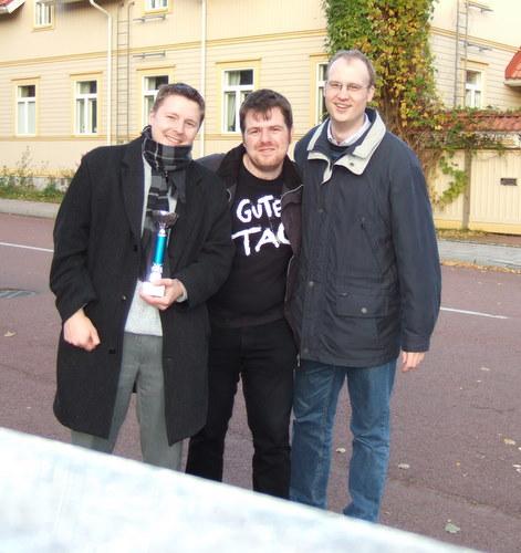 Arne, Andreas und Fabian mit Pokal